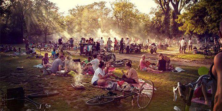 photo of Dutch summer day in vondelpark